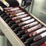 Máquina automática de etiquetado de salchichas con alimentador
