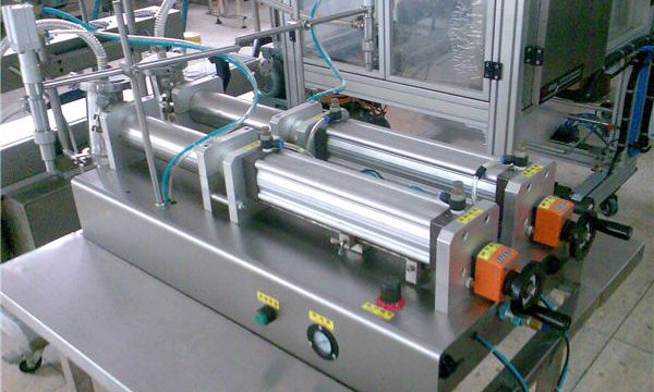 Máquina de llenado de champú semiautomática de precio competitivo