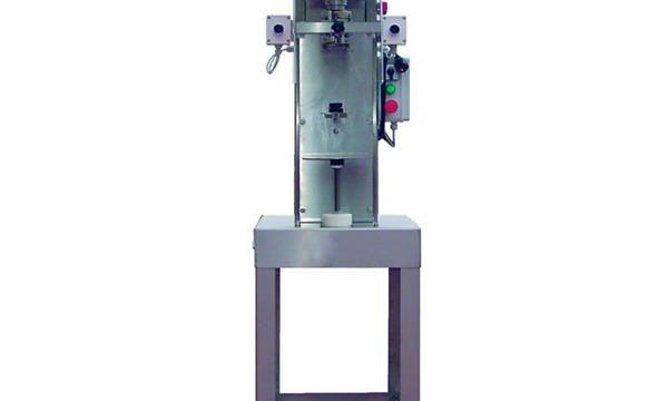 Máquina semiautomática de taponado de botellas de husillo